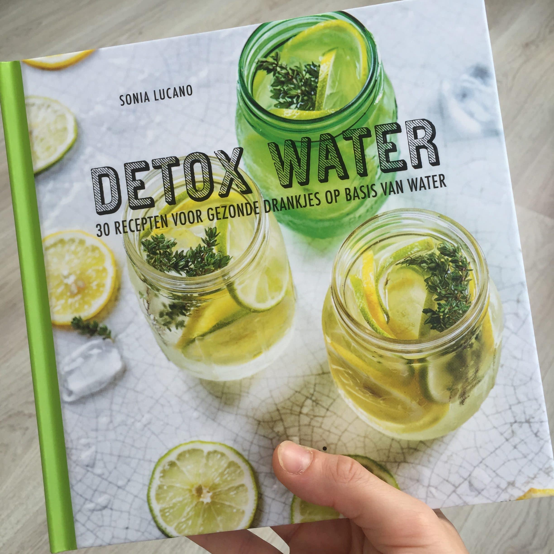 cover-detox-water-boek-fibromyalgieblog