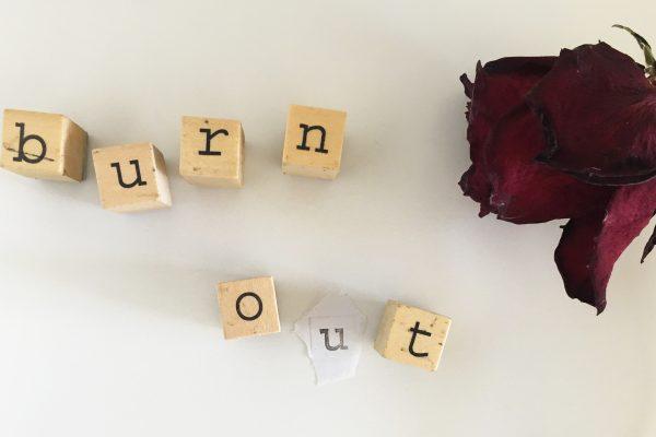 Burn-out-roos-fibromyalgieblog-cvr